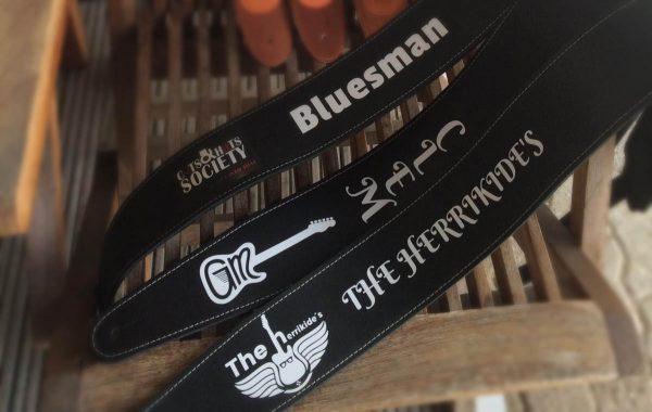 tracolla chitarra basso personalizzata in pelle